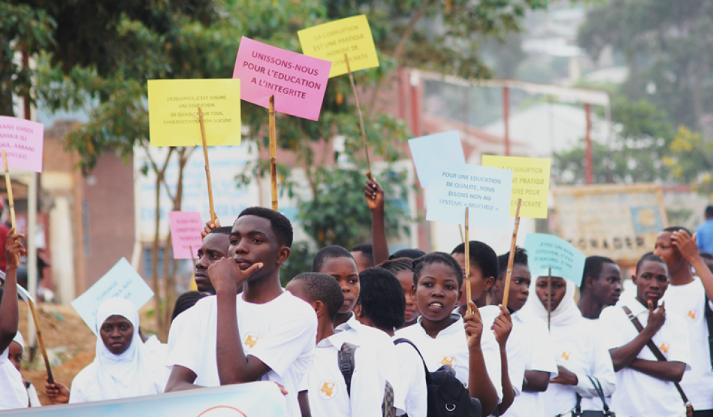 MORE than 100 young people marched against corruption in South-Kivu