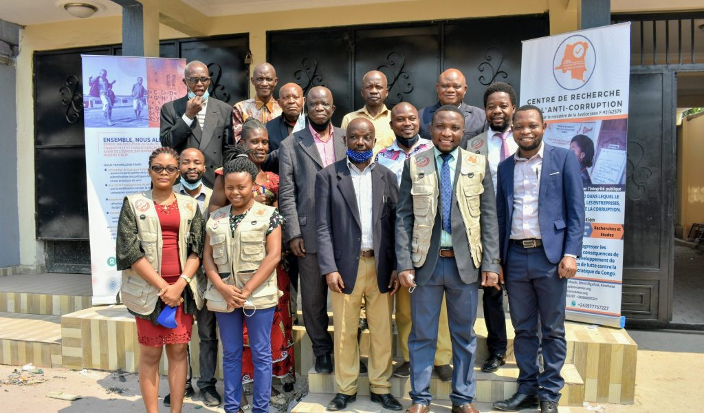 12 senior education officials attend consultative workshop in Kinshasa to discuss accountability and anti-corruption issues in the education sector